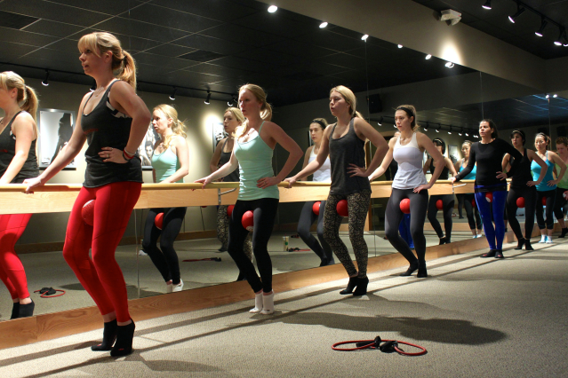 pure barre squeeze